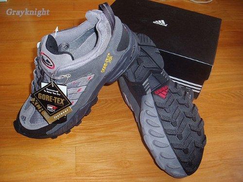 阿迪的轻量徒步鞋- -tag:户外,装备  跟骑士网购的轻量徒步鞋